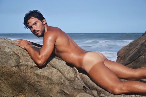 Modelo Douglas Martins
