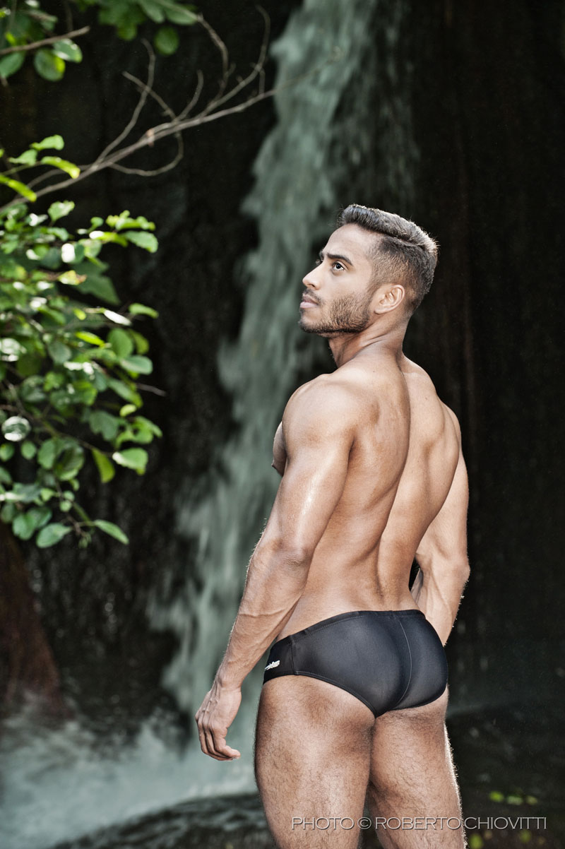 Model Thonny - Antônio Buonarroti - Photo Roberto Chiovitti