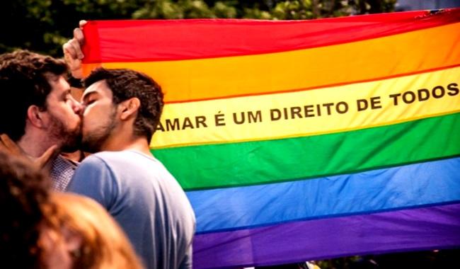 o-estado-democratico-de-direito-e-os-homossexuais-no-brasil