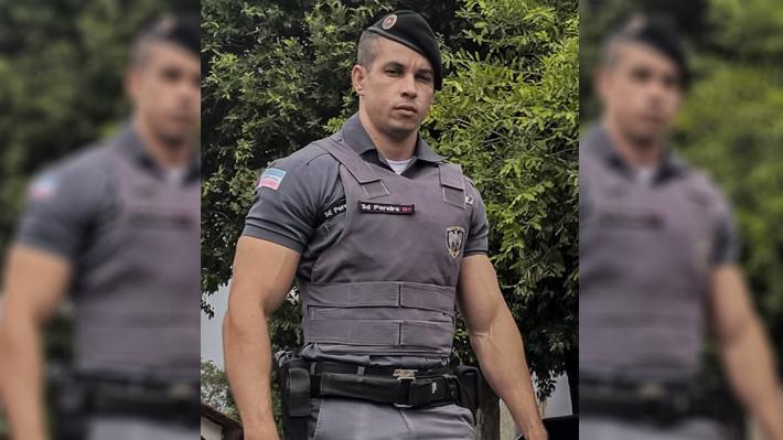 instaboy-policial-gato-pheeno-capa