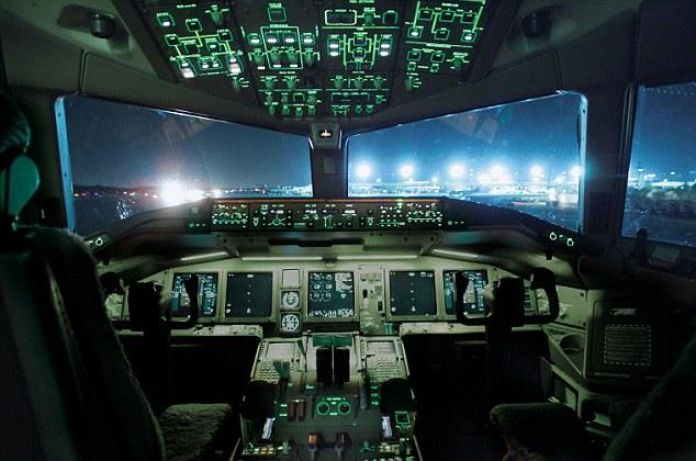piloto-aviao-pheeno-capa-4