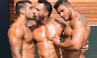 fotos-de-homens-musculosos-gays-na-putaria-a-tres-img4
